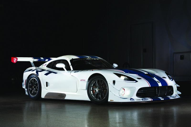 SRT Viper GT3-R 2013: tak trochu civilní provedení závoďáku pro Le Mans | Autoforum.cz