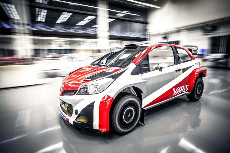 Toyota Yaris WRC plně odhalena, do boje o titul vlétne v roce 2017 ...