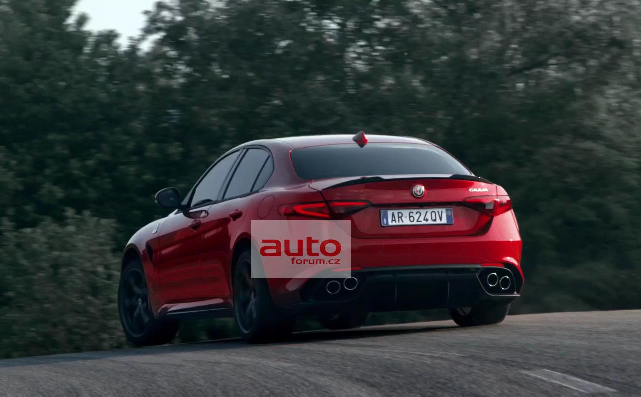 Alfa_Romeo_Giulia_2016_unik_vse_10.jpg
