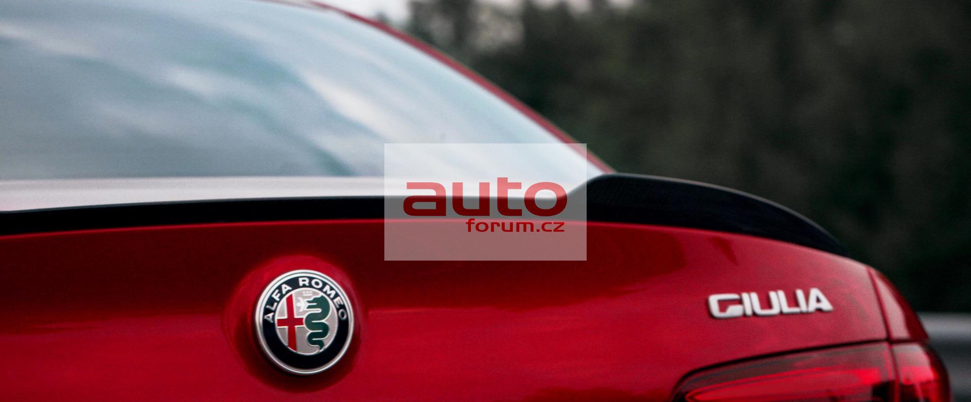 Alfa_Romeo_Giulia_2016_unik_vse_18.jpg