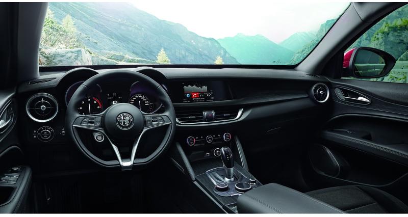 Galerie k článku Alfa Romeo Stelvio představena i v základu, s dieselem nemá ani 4x4 (126 ...