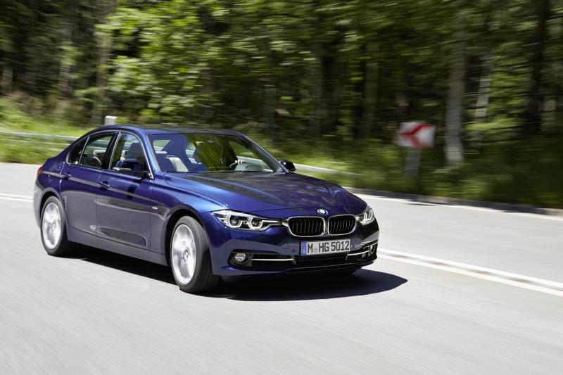 Galerie k článku BMW 3 2018: nová generace G20 dostane ...