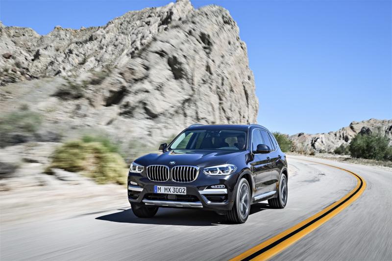 Galerie k článku BMW X3 2018 oficiálně, detailně: známe ...