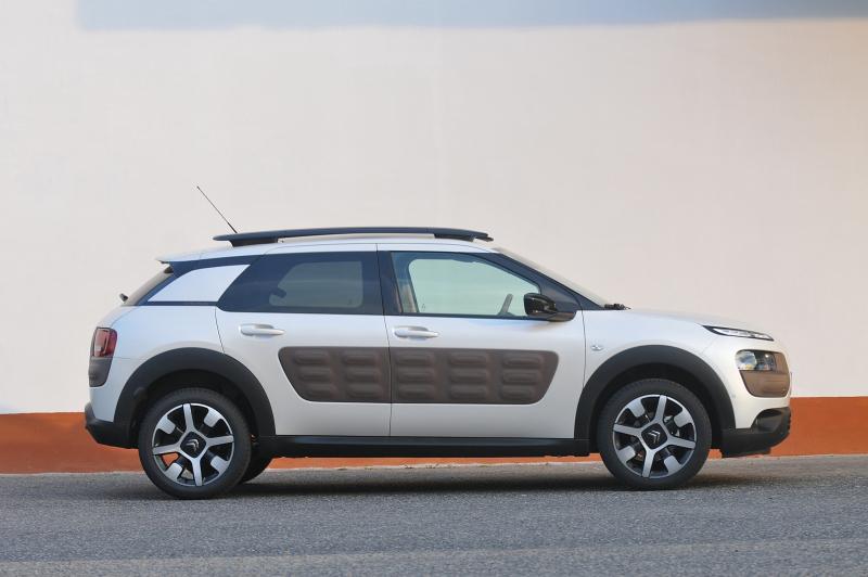 Citroen C4 Cactus >> Galerie k článku Test Citroën C4 Cactus 1,2: vzhledem láká ...
