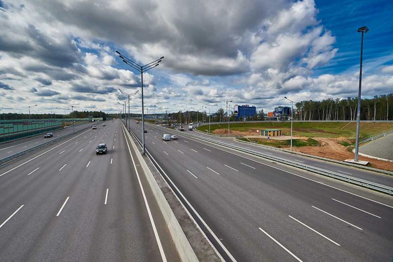 Rusové dokončili 700km dálnici z Moskvy do Petrohradu, vznikla z ničeho v bažinách - 20 -