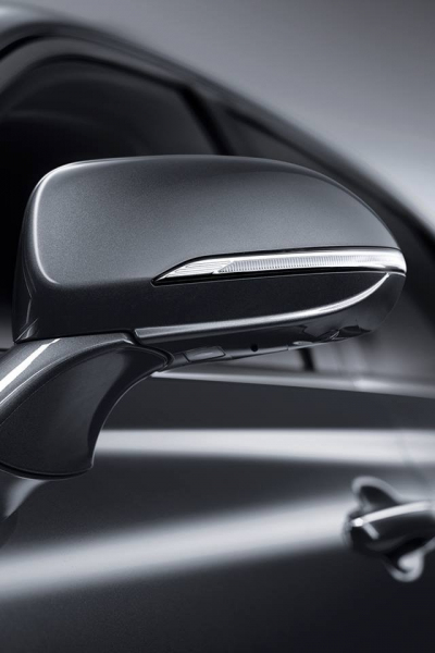 Galerie k článku BMW a Mercedes cpou peníze do vývoje ...