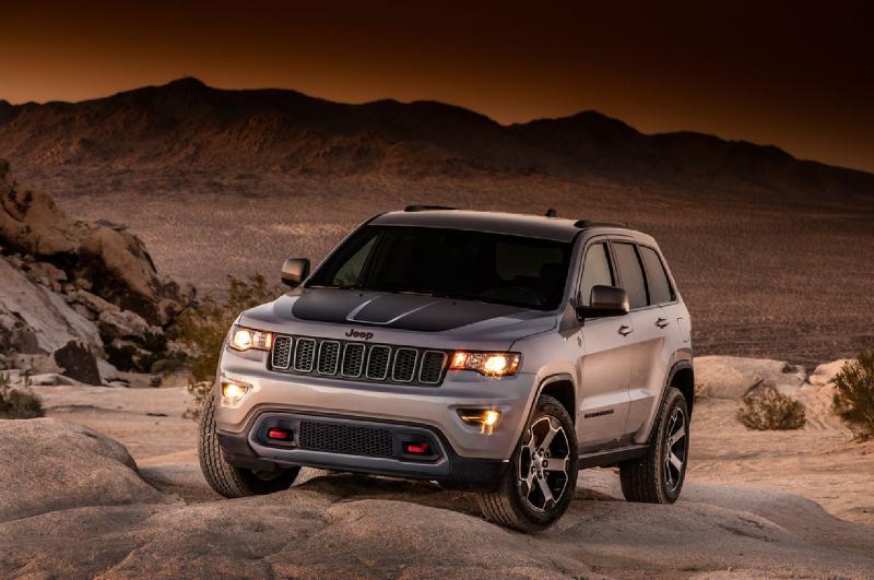Jeep Cherokee Trail Hawk Galerie k článku Jeep Grand Cherokee Trailhawk: unikly ...