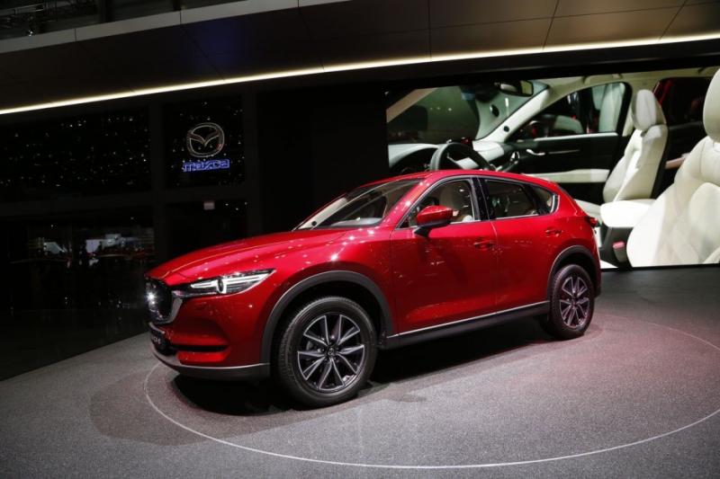2017 Mazda 3 Forum >> Galerie k článku Nová Mazda CX-5 má české ceny, i s jedním ...