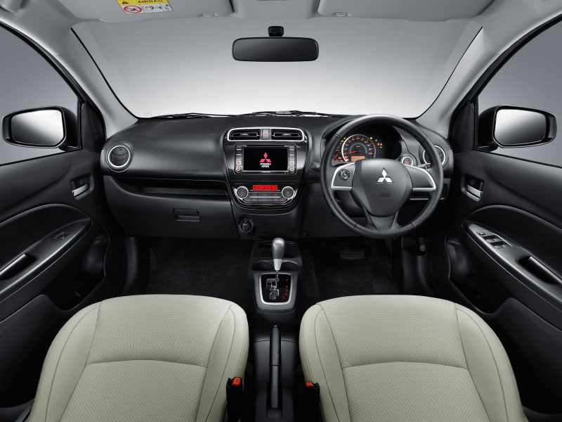 Бюджетный седан Mitsubishi показ…