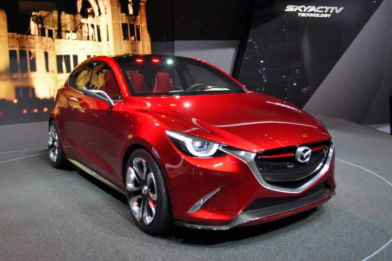 mazda hazumi ofici ln nov mazda 2 bude prostorn a. Black Bedroom Furniture Sets. Home Design Ideas