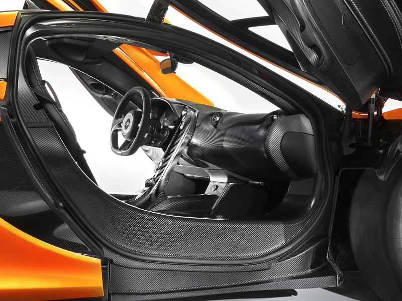 2013 - [Mclaren] P1 [P12] - Page 4 McLaren_P1_interier_oficialni_prvni_01_800_600