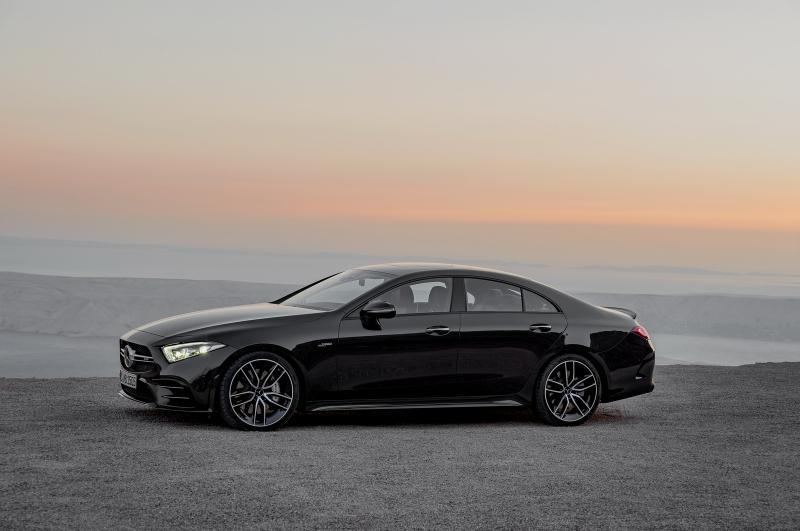 Galerie k článku Mercedes vdechl život motoru nejbližší ...
