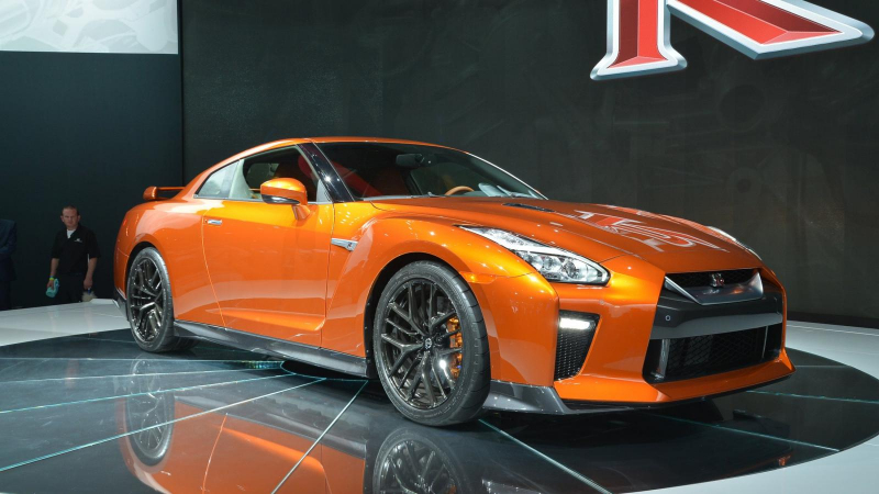 nissan gtr r35 pictures