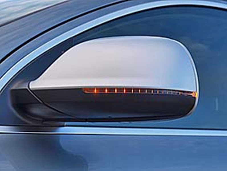 Galerie k článku Test Audi Q7 V12 TDI: jízda v brutálním SUV (4 ... Audi Q7