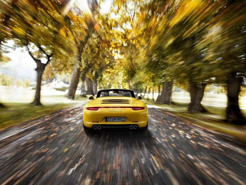 Фото Полноприводный Porsche 911 …