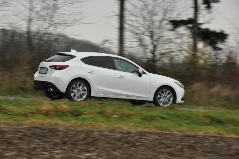 Galerie k článku Test Mazda 3 2014 SkyActiv-G 165: době ...