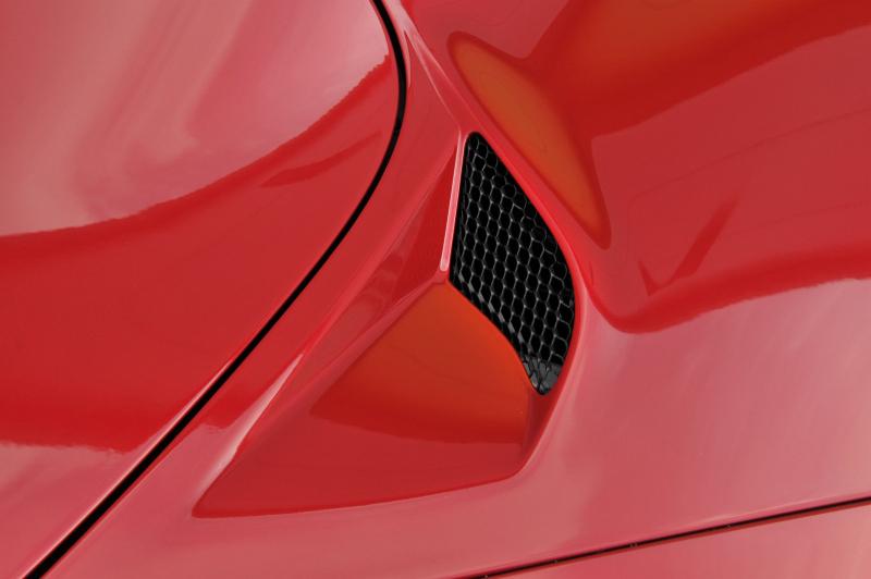 Galerie k článku Rychlý test Alfa Romeo 4C: všeho moc ...