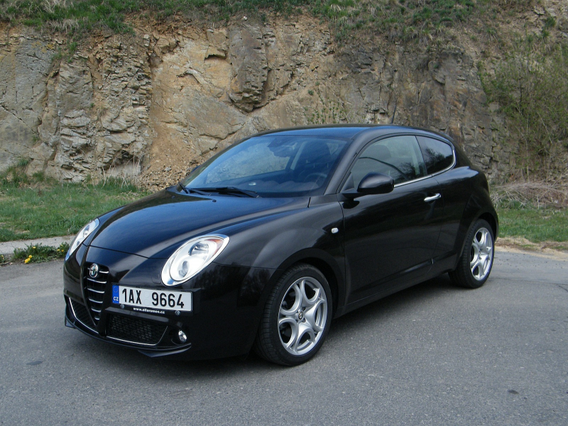 test alfa romeo mito 1 4 turbo tct automaticky patn. Black Bedroom Furniture Sets. Home Design Ideas