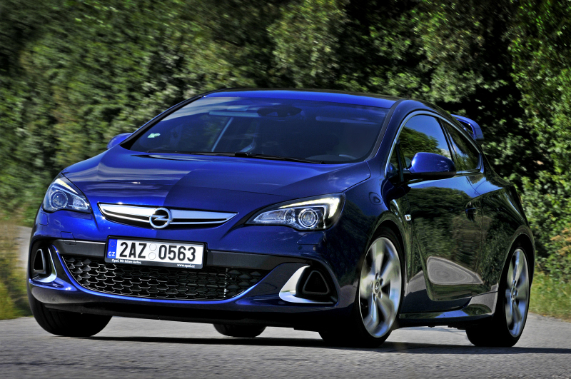 Test_Opel_Astra_OPC_2012_Preview_Perex_800_600.jpg
