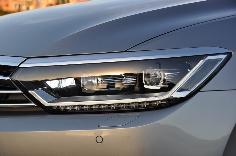 B And B Auto >> Galerie k článku První test VW Passat B8 2015: dále králem ...