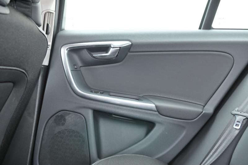<b>Galerie k článku</b> Test Volvo S60 D4 Drive-E: bořič mýtu (81 ...