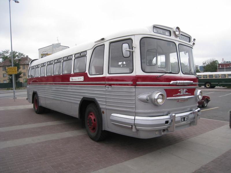 автобусы обои