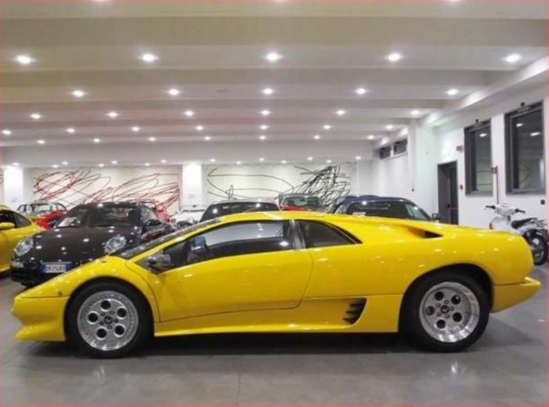 galerie k l nku lamborghini diablo s 5 400 km je k m n s manu lem a rwd 3. Black Bedroom Furniture Sets. Home Design Ideas